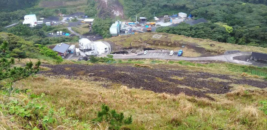 Mais de 100 pessoas vivem na ilha