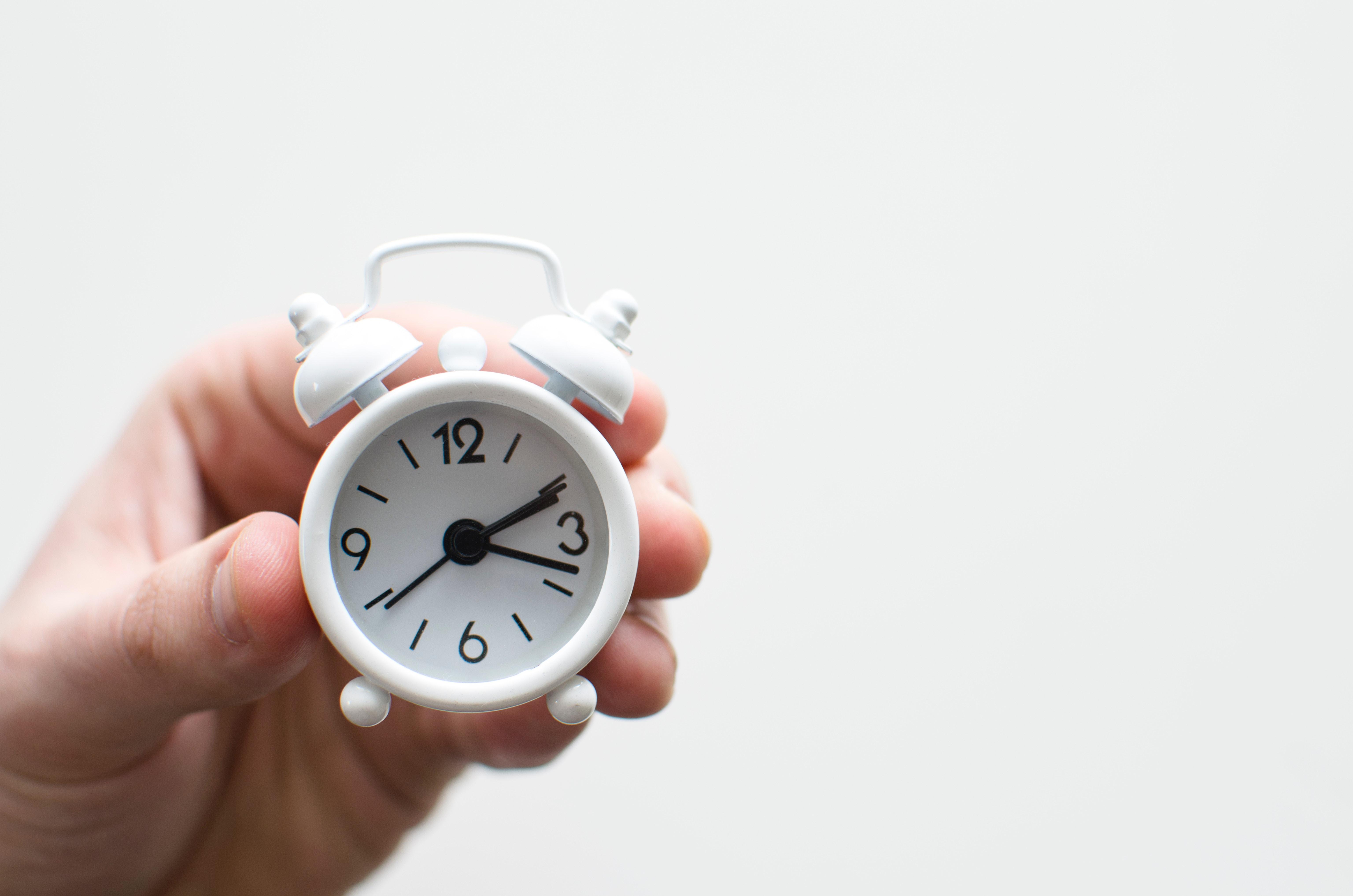 48a7a19c621 Mudança de hora comunicada por Portugal à UE  relógios atrasam no domingo