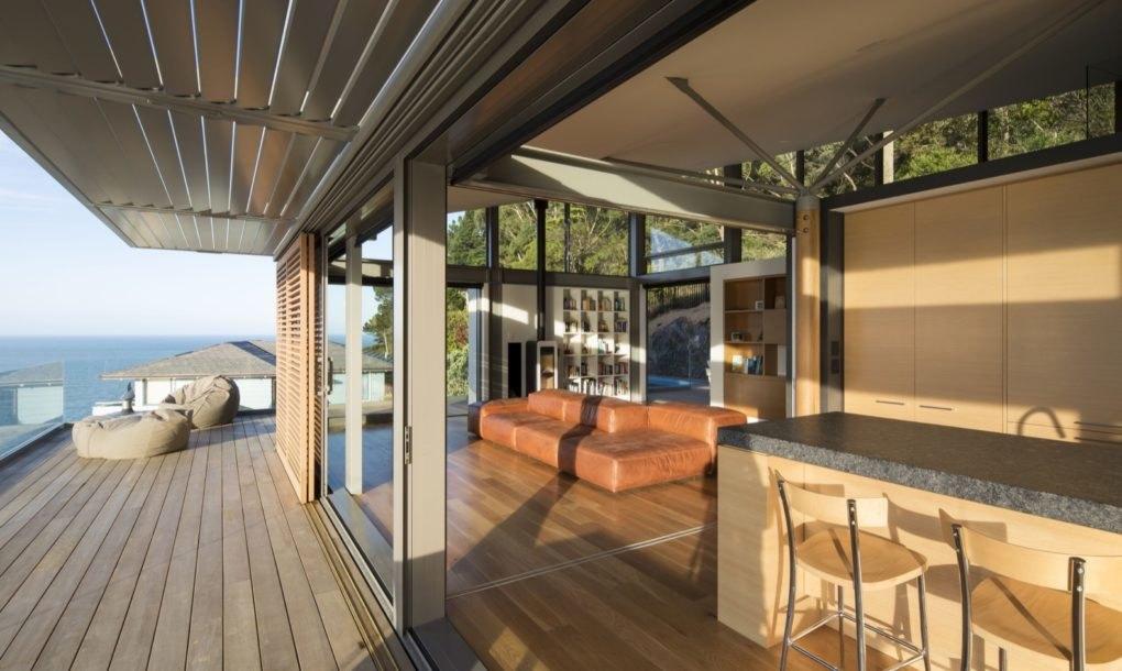 As janelas são uma das imagens de marca da casa