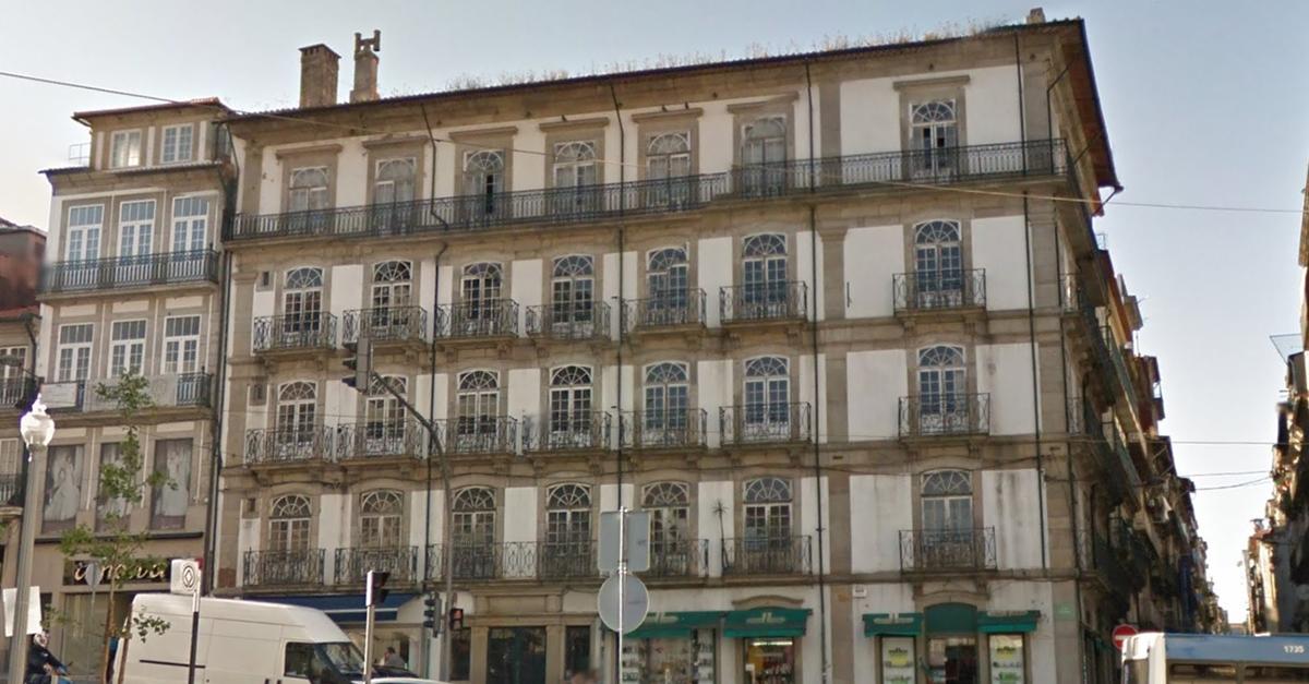 Imóvel na Rua dos Clérigos comprado à família de João Lagos / Elisabete Soares