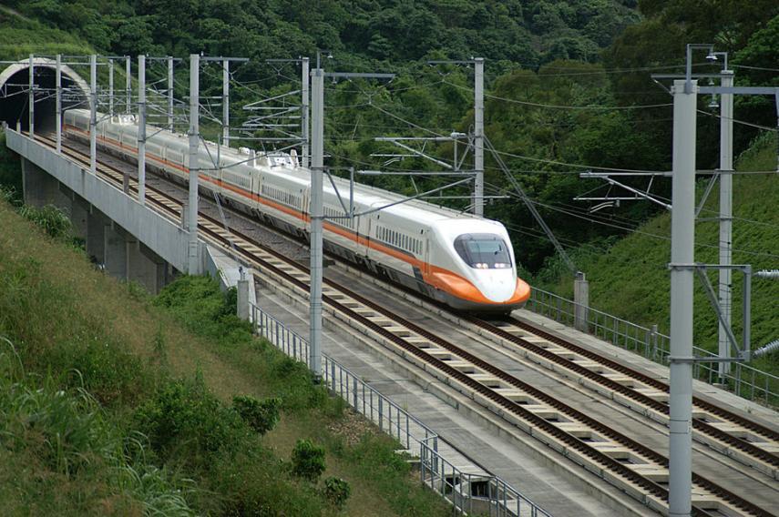 2. Linha férria do viaduto entre Changhua e Kaohsiung, China