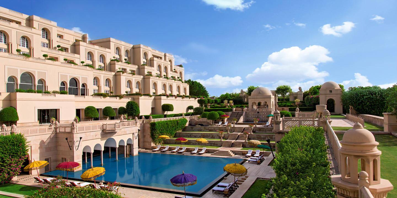 """Um hotel de luxo """"suspenso"""" na Índia"""