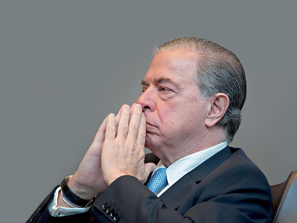 Ricardo Salgado, ex-presidente do BES, recebeu milhões do empreiteiro José Guilherme / European CEO
