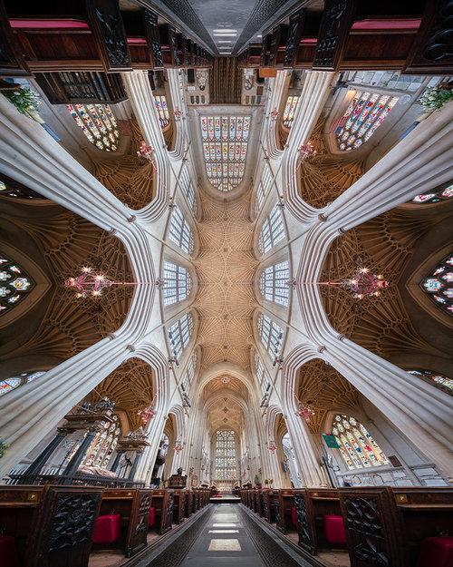 Abadia de Bath no verão