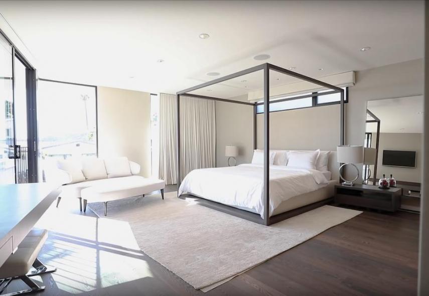 Um dos quartos...
