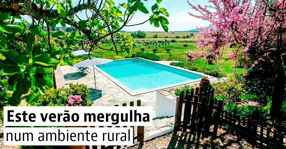 Casas rústicas com piscina