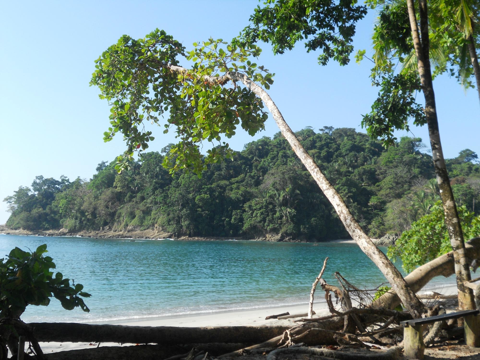 17. Playa Manuel Antonio