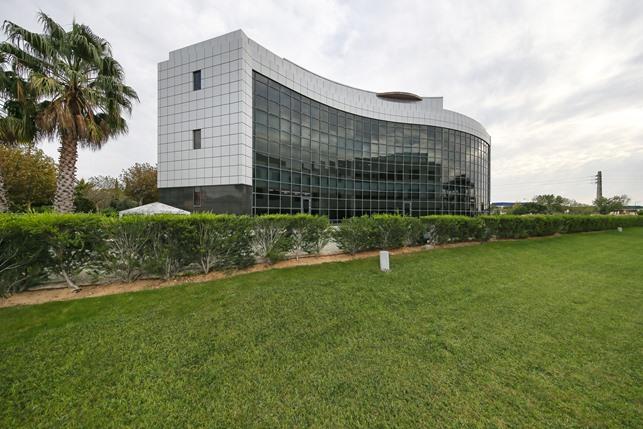 Edifício Beloura 1 / Worx