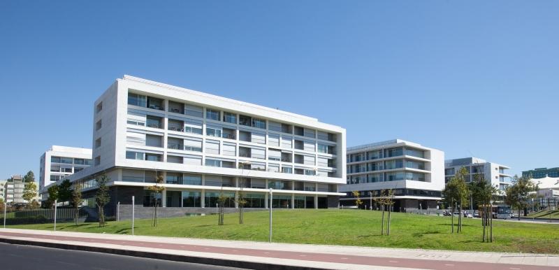 Empreitada de ampliação do Hospital da Luz / Mota-Engil
