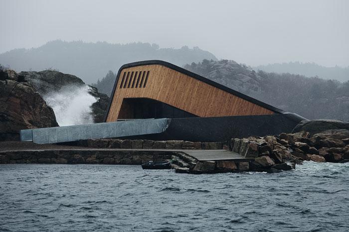 O primeiro restaurante submarino da Europa