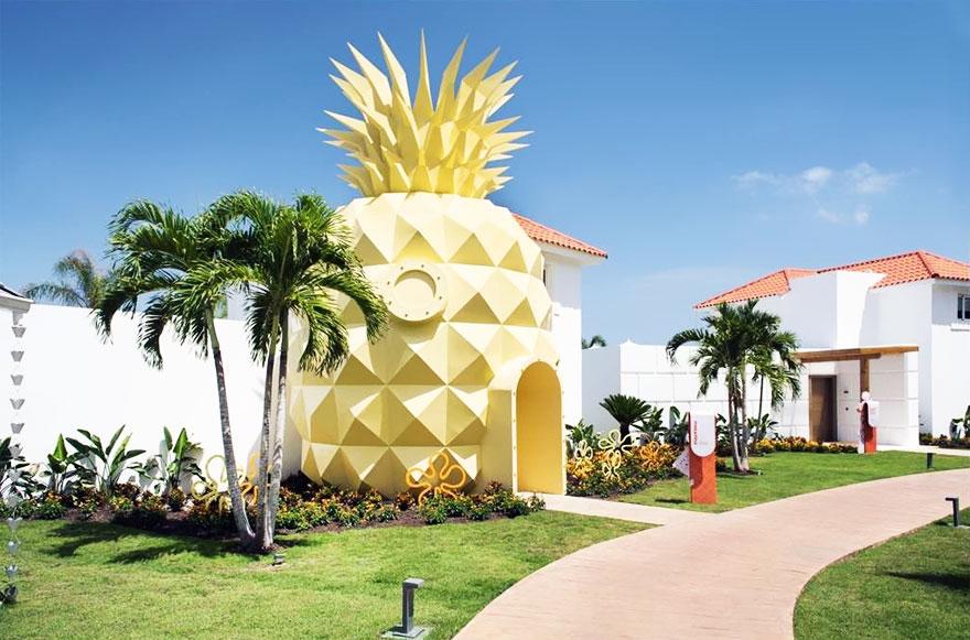 Um hotel em forma de abacaxi