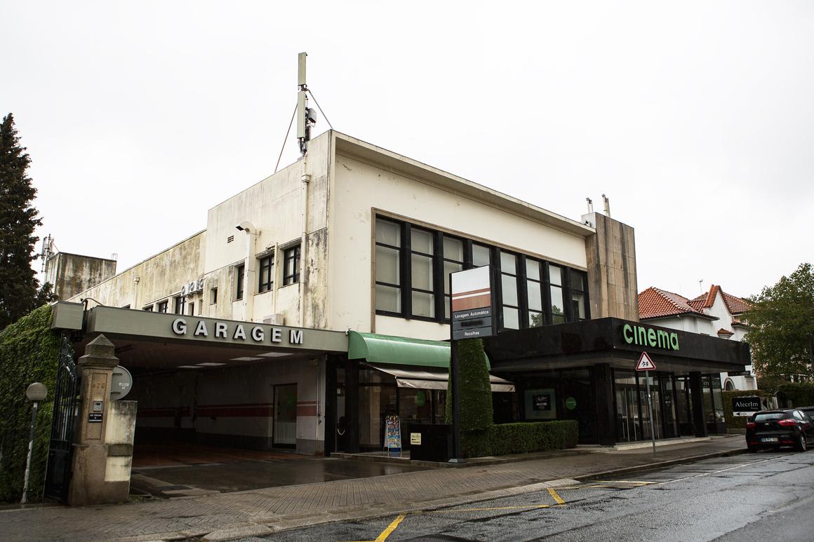 Depois de reabrir em 2009, o Cinema Nun'Álvares encerrou definitivamente em 2011 / Filipa Brito via Câmara Municipal do Porto