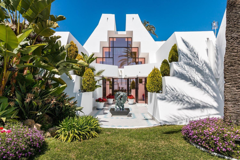 Desenhada pelo arquiteto Ángel Taborda