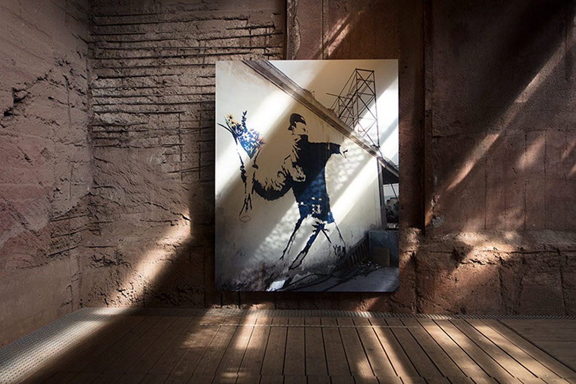 Banksy na Alfândega do Porto  / Barry Cawston @Porto.pt