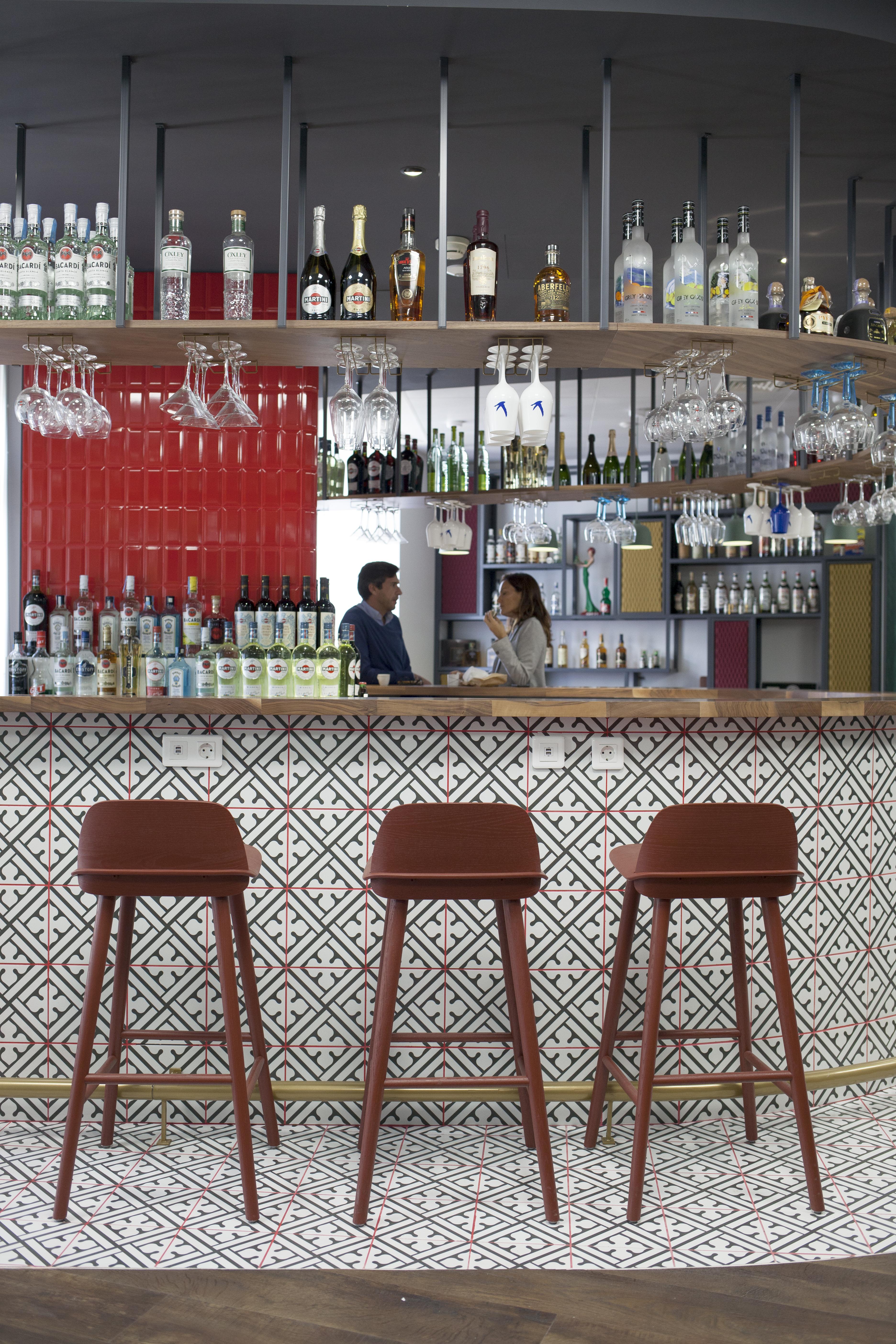 Um bar que é também uma zona de lazer / Bacardi-Martini Portugal