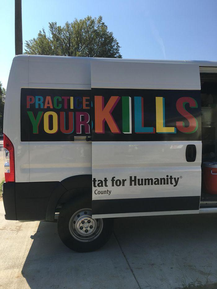 Uma caravana para assassinos