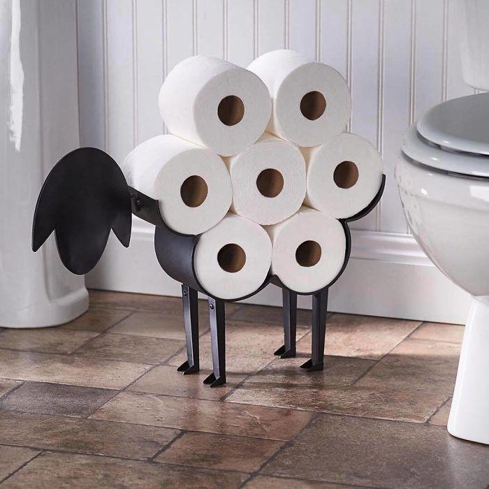 O sítio ideal para pôr rolos de papel higiénico