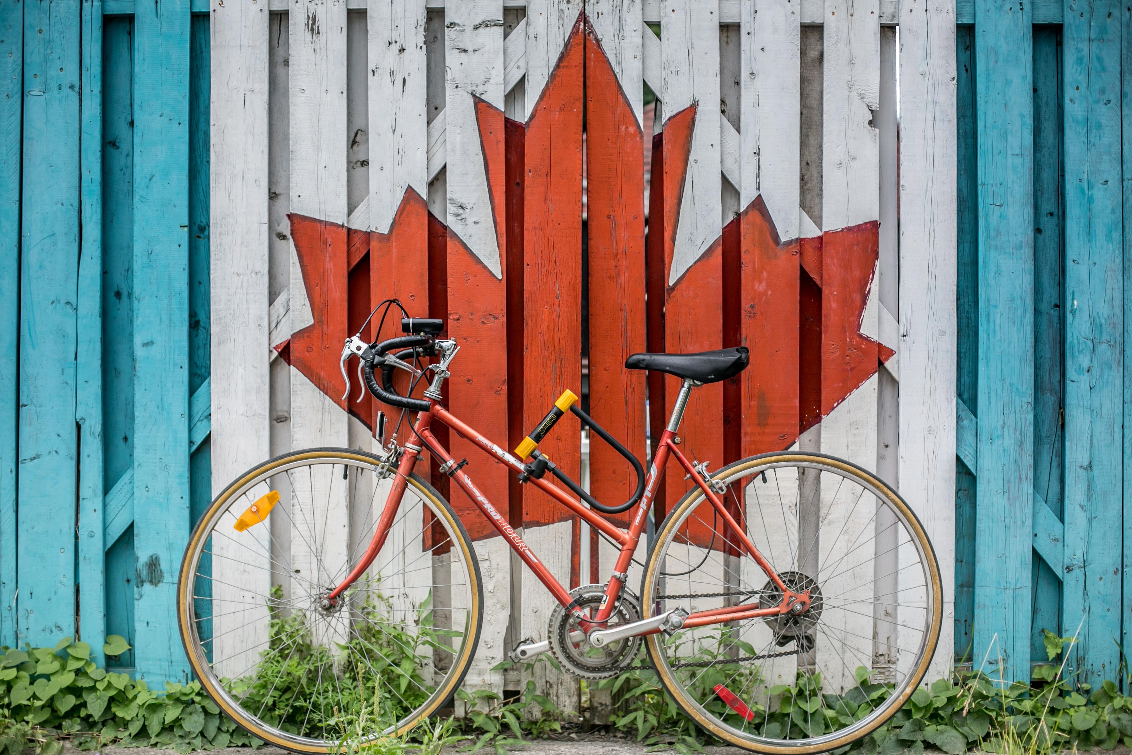 Canadá lidera o ranking de países com maiores riscos de bolha imobiliária / Photo by Ali Tawfiq on Unsplash