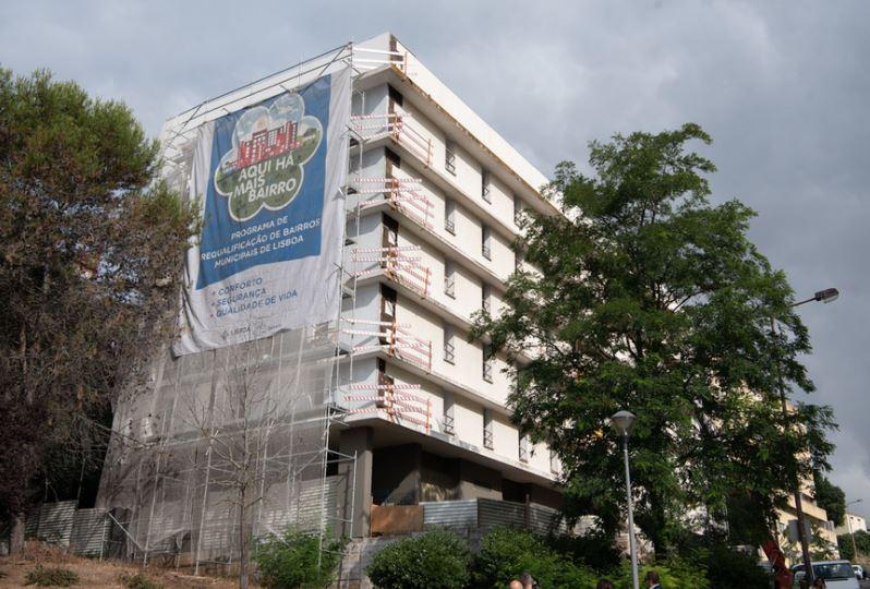 Um dos prédios de renda acessível, na rua Eduardo Bairrada, na Ajuda / CML