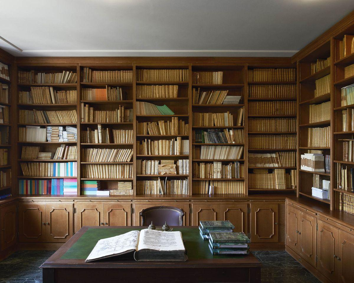Tem mais de 3.000 livros