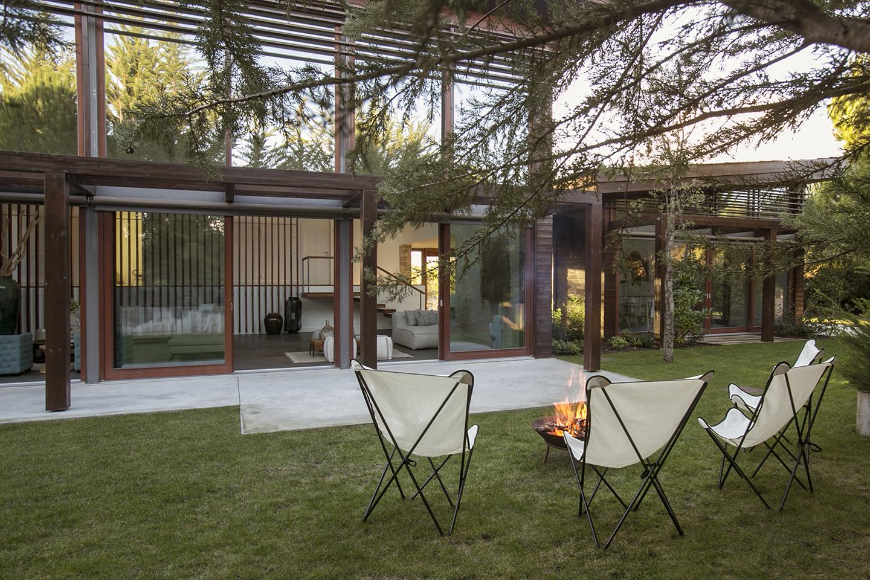 Exemplo exterior de um projeto de home staging realizado pela HSF / Home Staging Factory