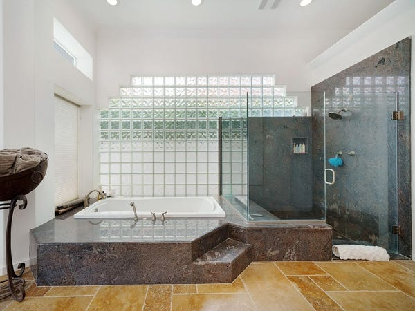 Uma das casas de banho