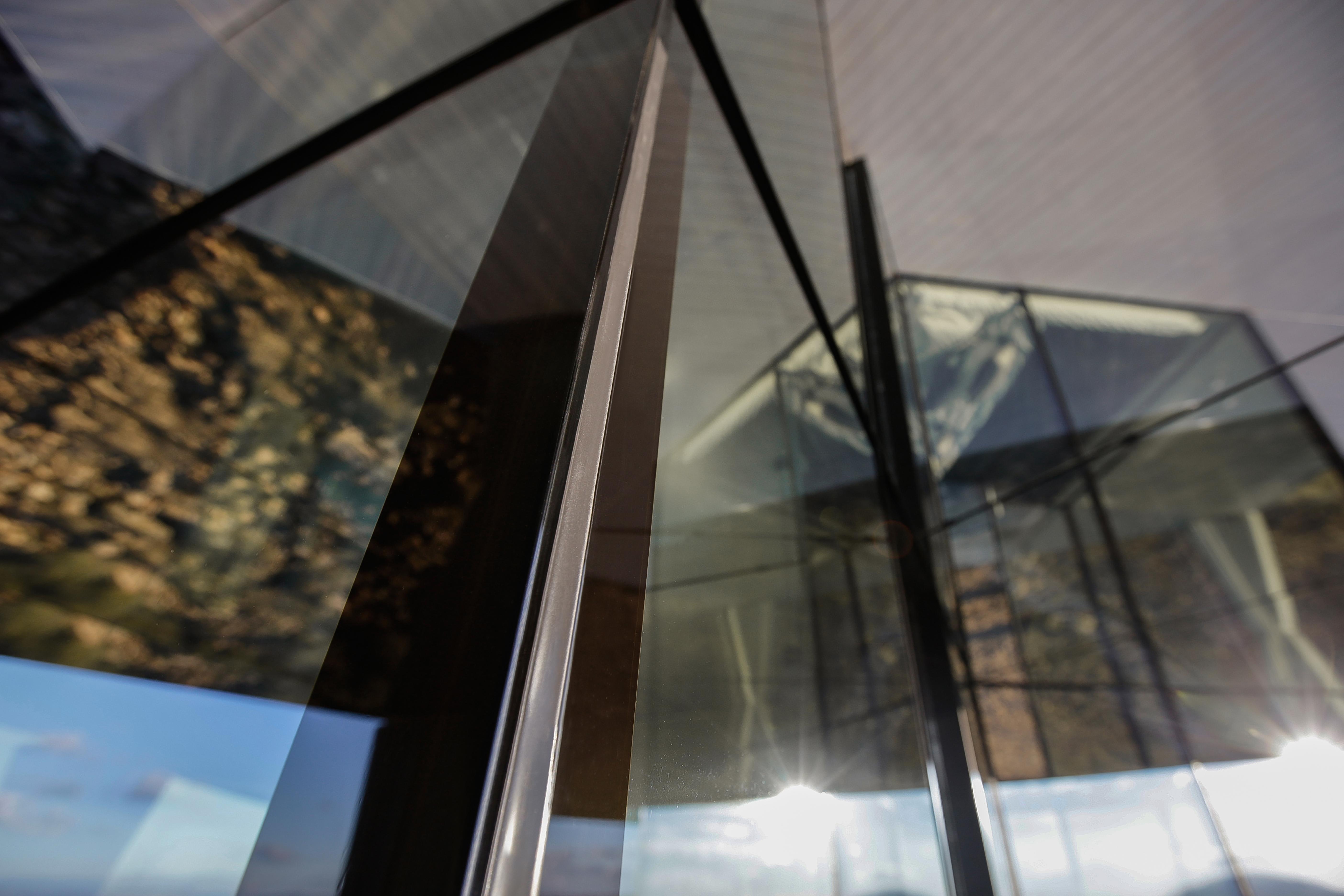 Espelhos que ajudam a 'multiplicar' o espaço