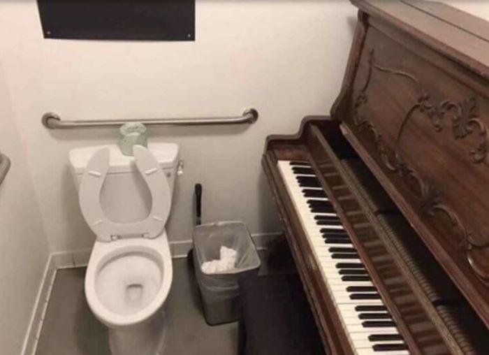 Com piano...