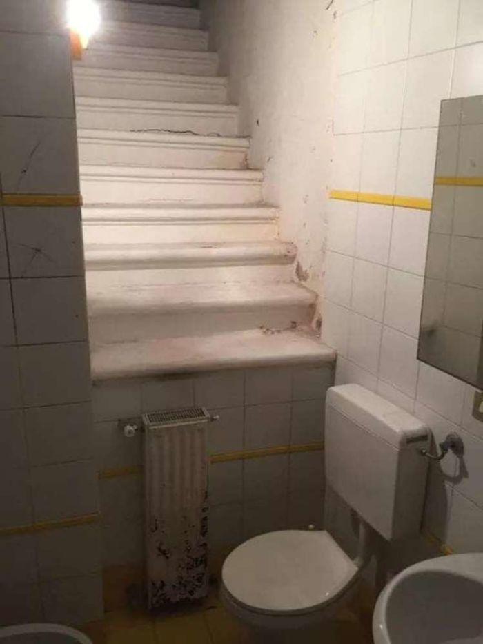 Escadas vazias