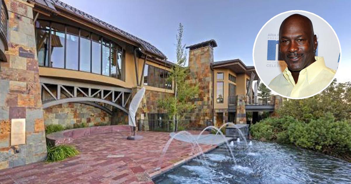 A casa tem 900 m2
