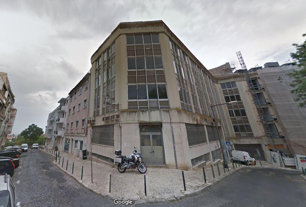 Imagem recente do imóvel, que esté devoluto e foi de escritórios / Google Maps