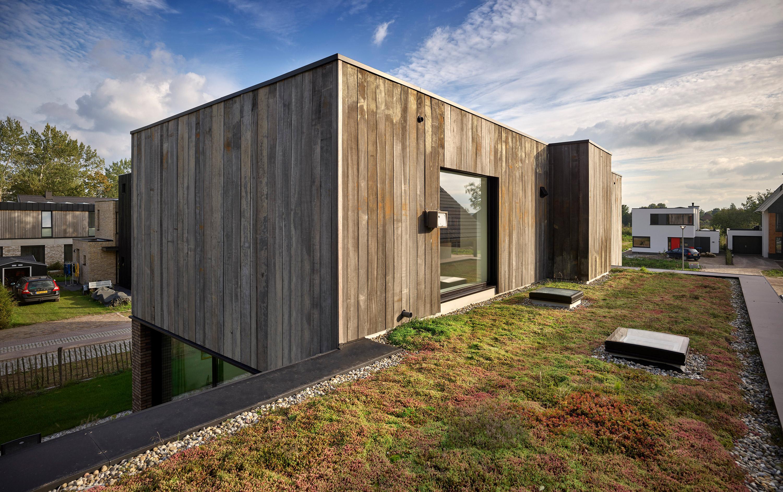 Construída em madeira e tijolo