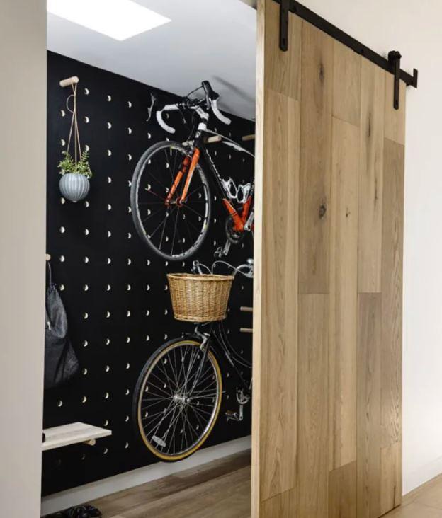 Um suporte de bicicleta original