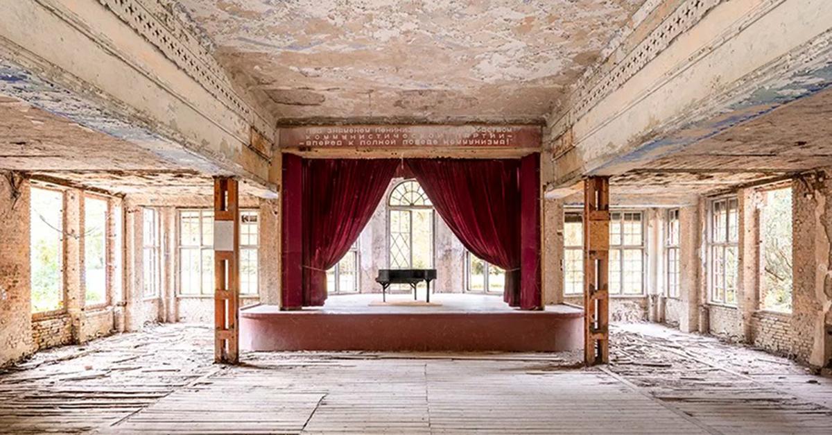 Um grande salão