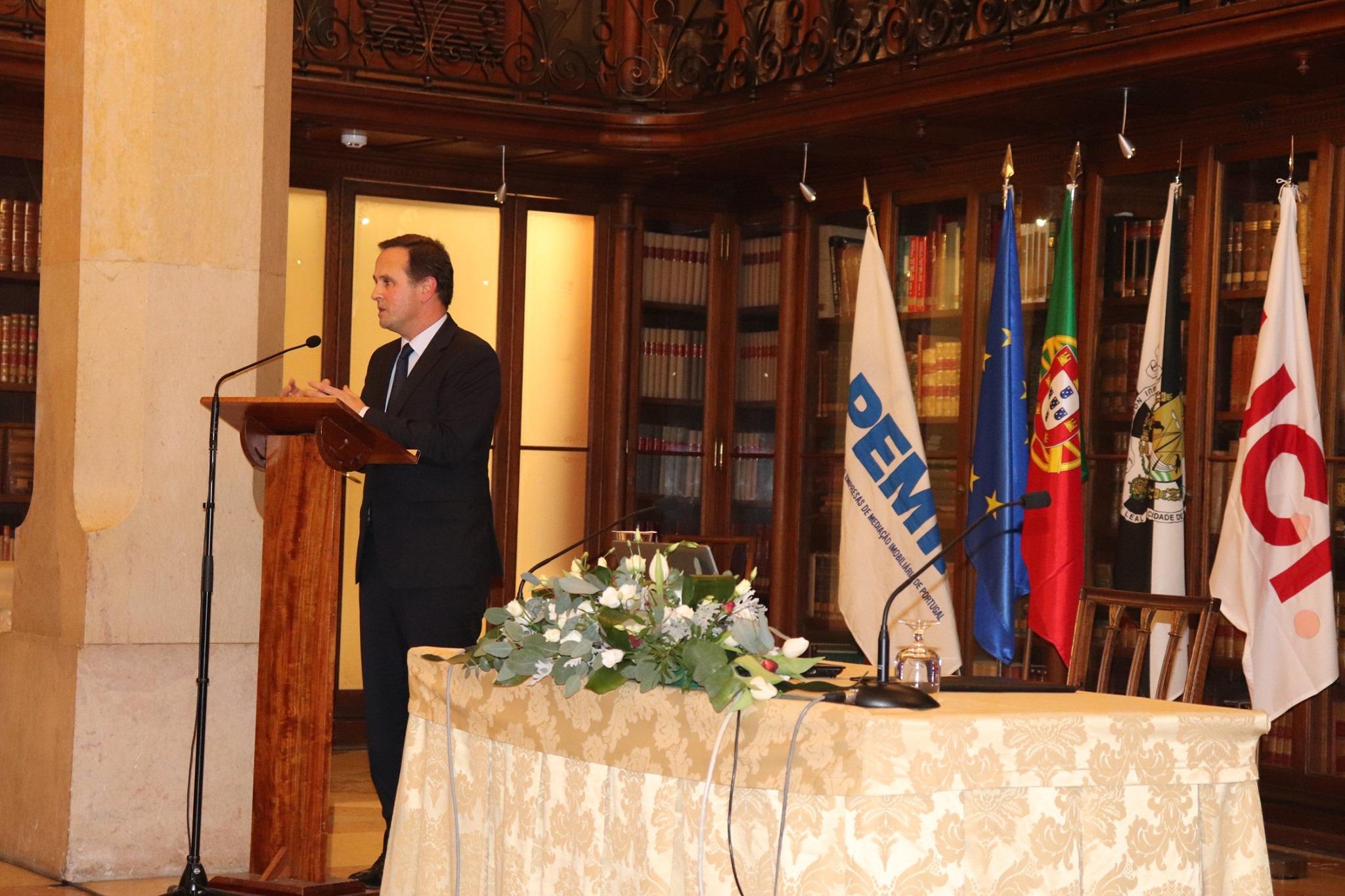 Fernando Medina, presidente da Câmara Municipal de Lisboa / Facebook da APEMIP