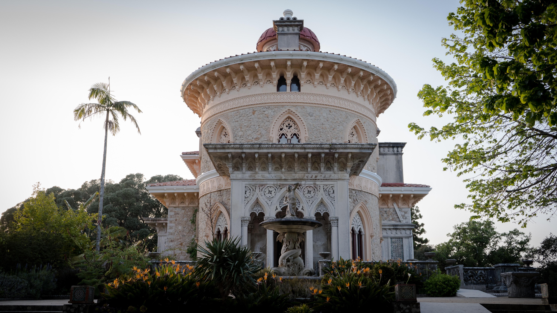 Um dos vários palácios da serra de Sintra