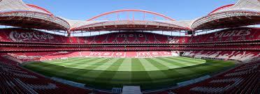 """""""Donos"""" da Luz atacam negócios fora do estádio / Massimo Catarinella @Wikimedia Commons"""