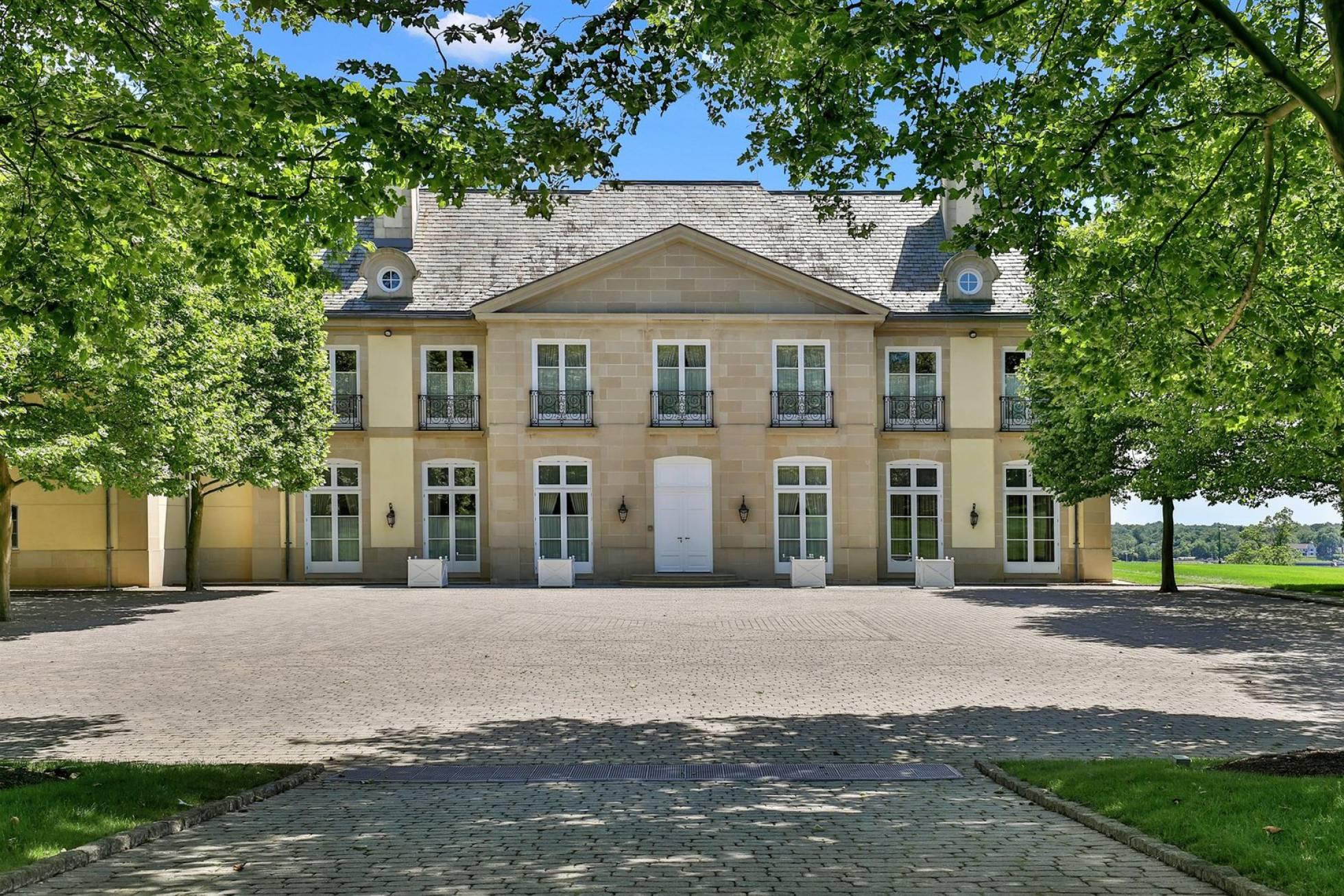 Entrada da mansão