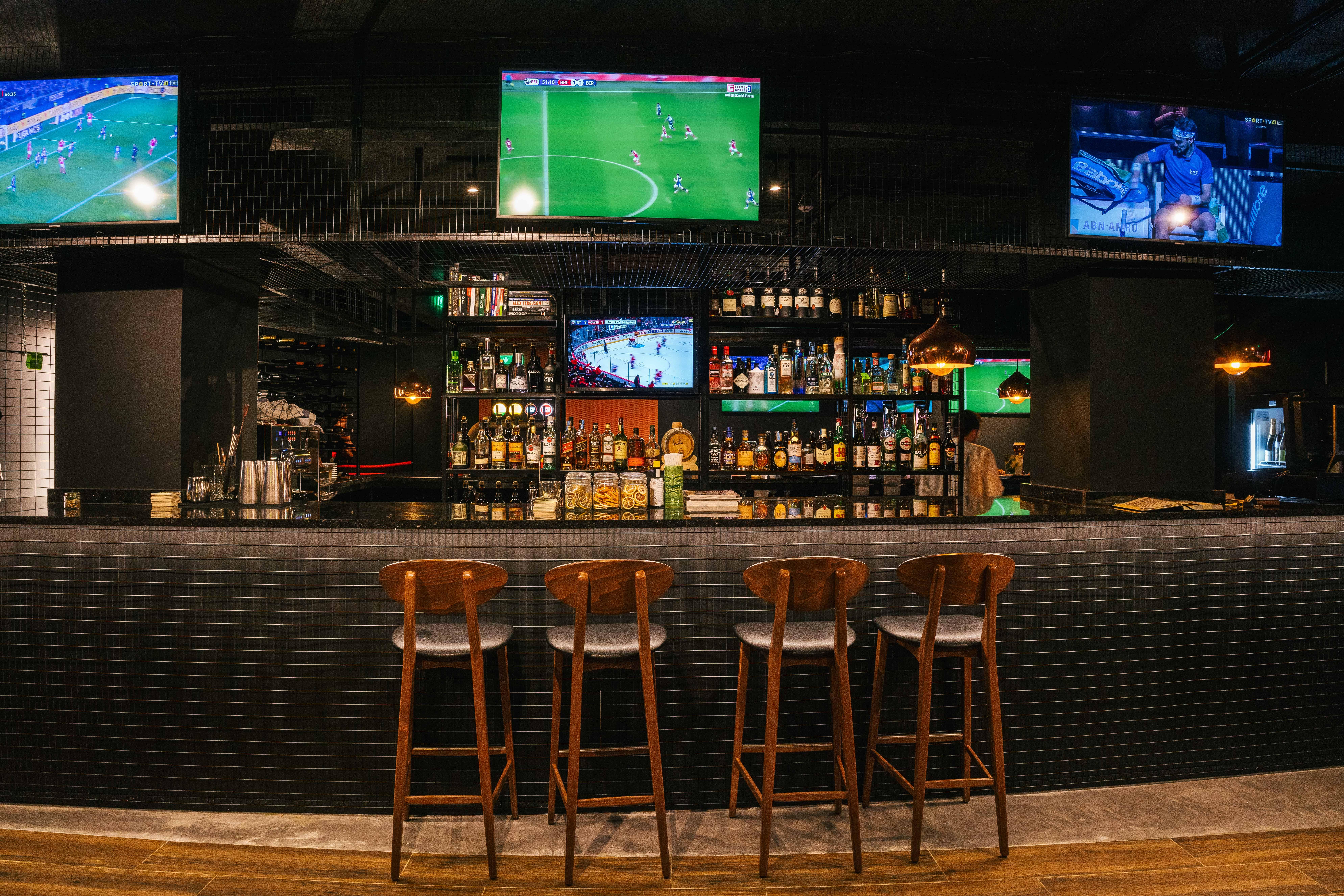 Tribuna Sports Bar