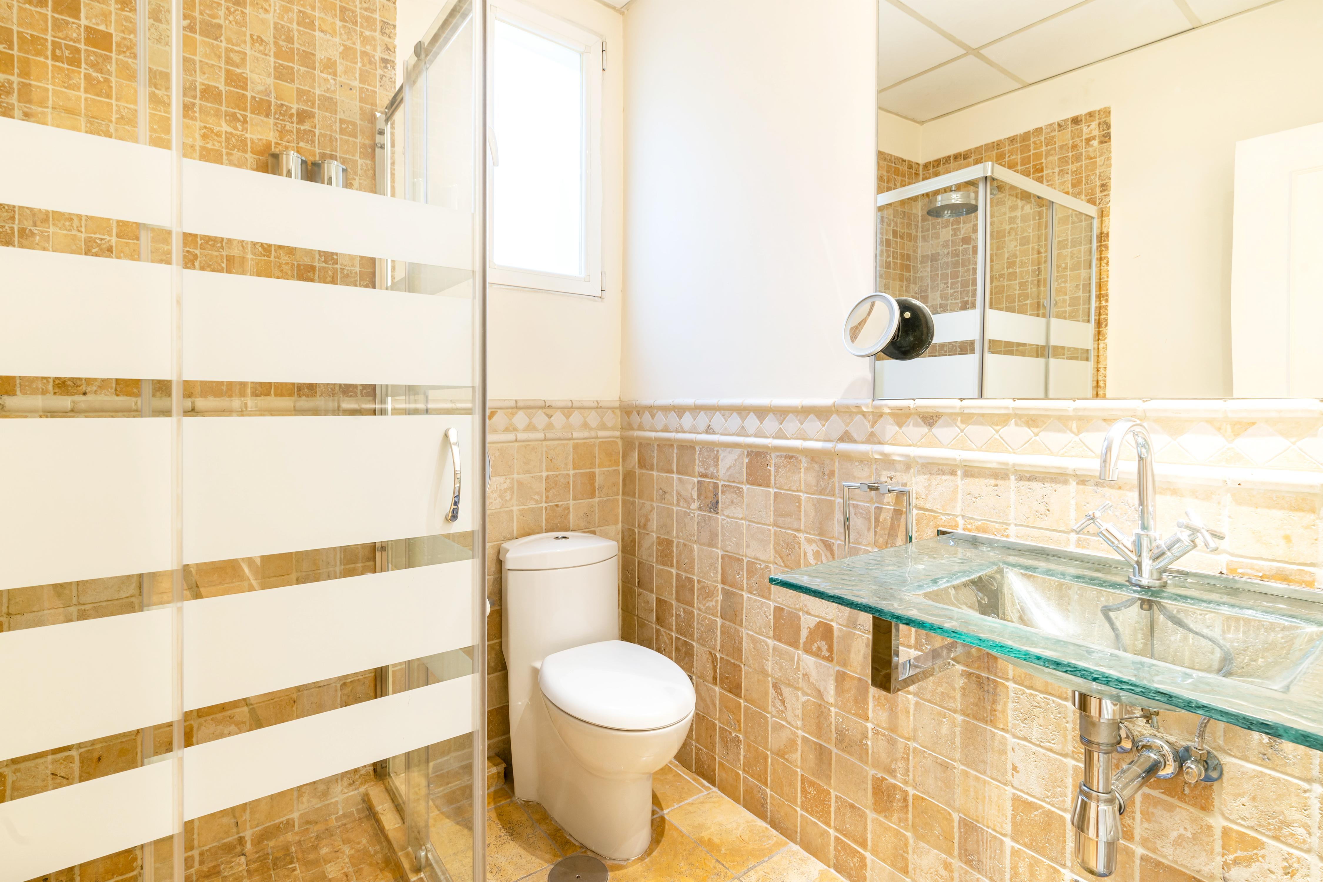 Duas casas de banho