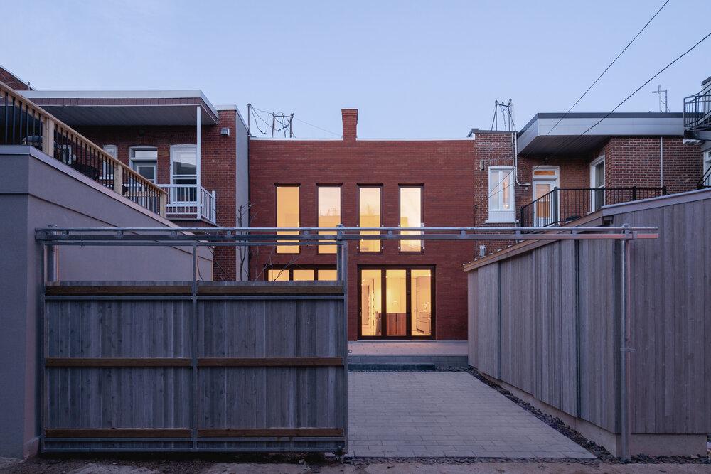 A casa encontra-se em Montreal, no Canadá