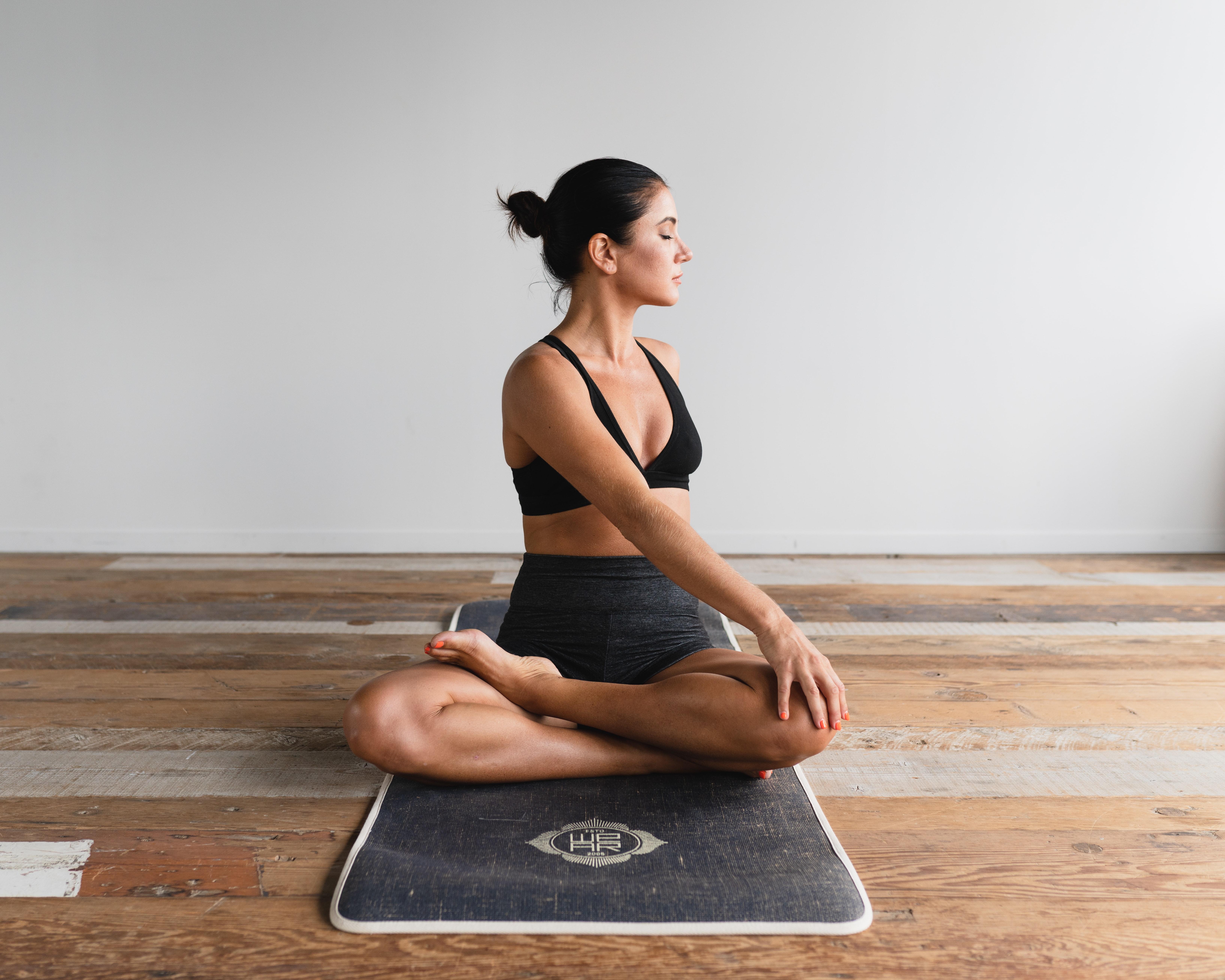 Espaços tranquilos para yoga ou meditação