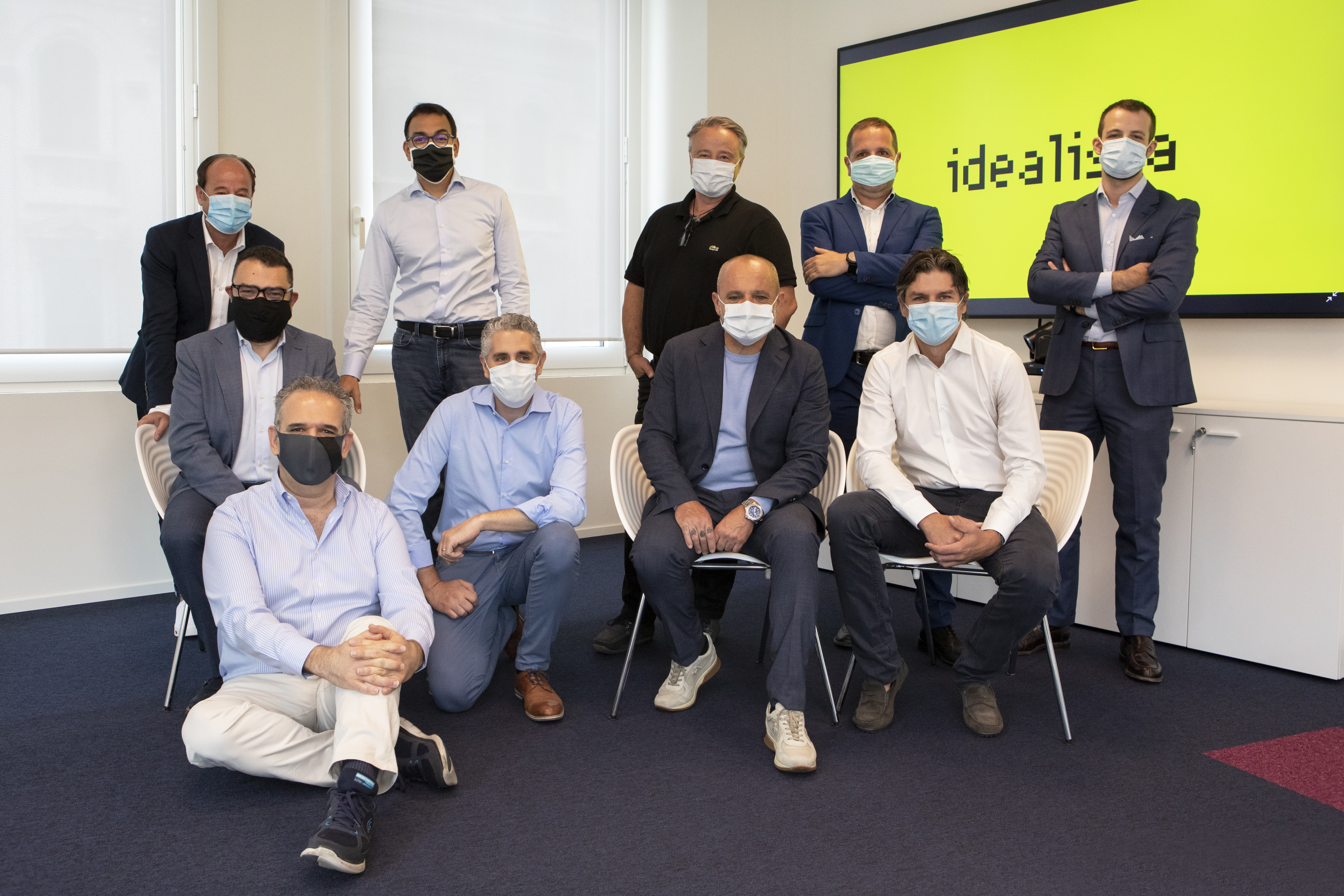 As equipas de idealista, Gestim e Miogest depois da assinatura das operações de compra