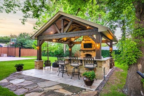 Um bar no jardim