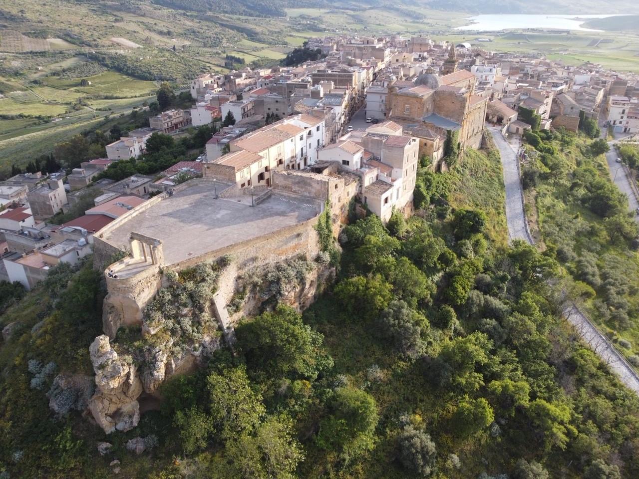 Sambuca di Sicilia / Imagem do vice-presidente da câmara Sambuca di Sicilia, Giuseppe Cacioppo