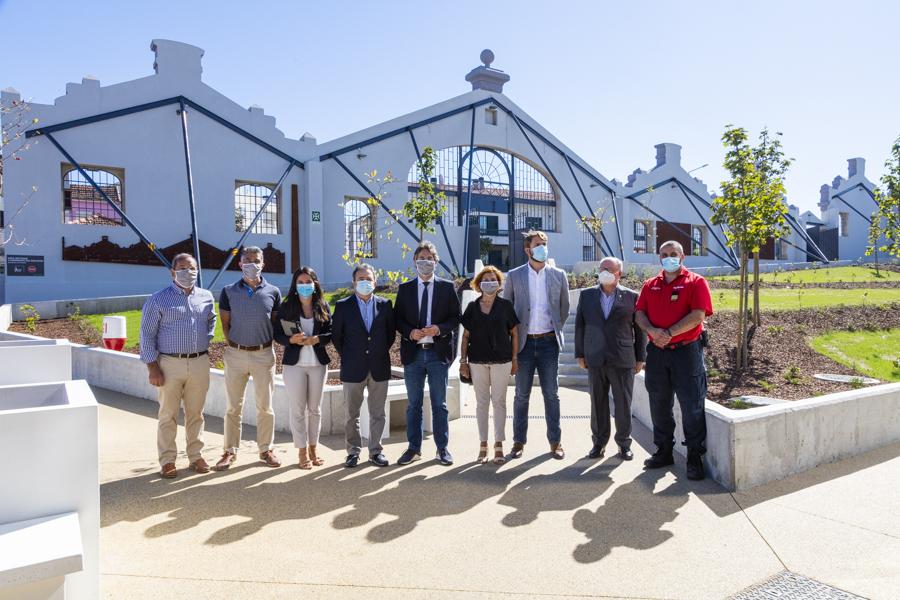 Visita do Executivo Municipal da Câmara de Valongo e da Junta de Freguesia de Ermesinde à nova loja. / Mercadona