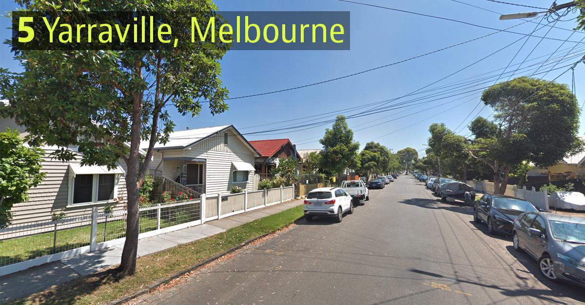 Em Melbourne