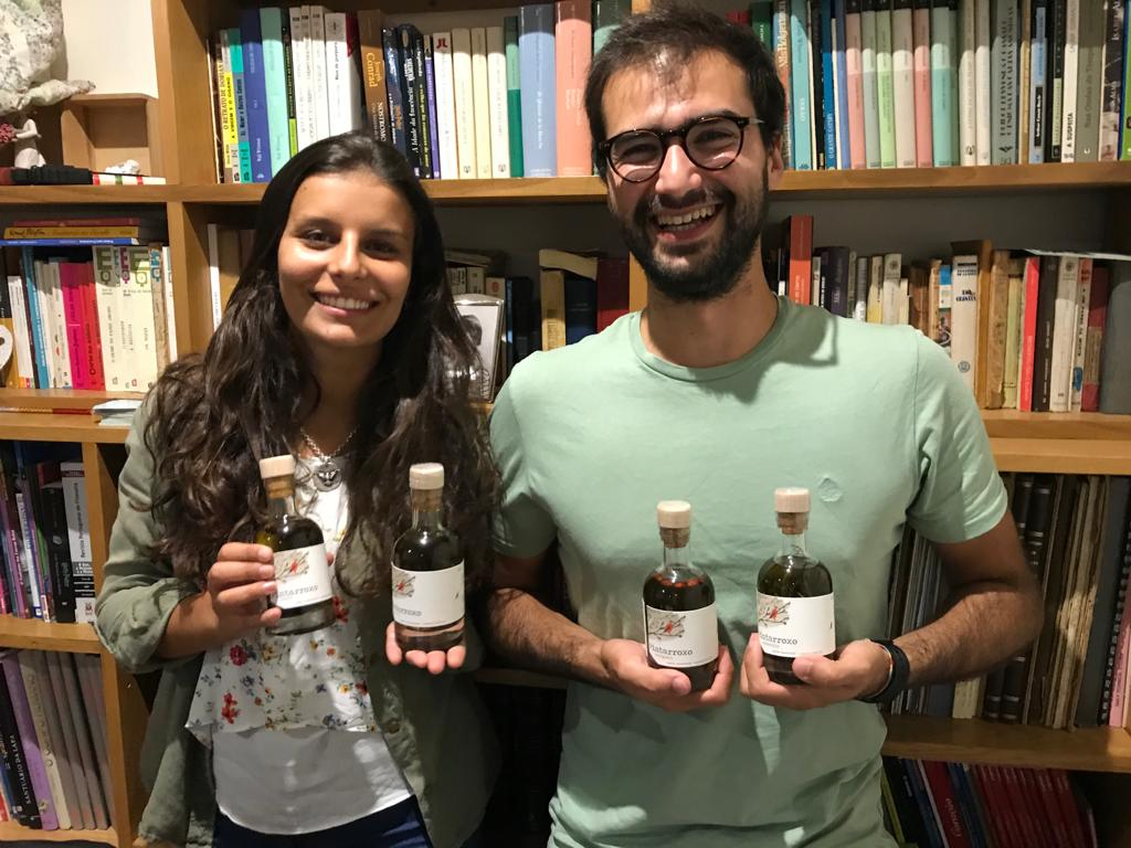 Inês Guimarães e Pedro Castro, jovem casal lançou a marca  / Azeites Pintarroxo