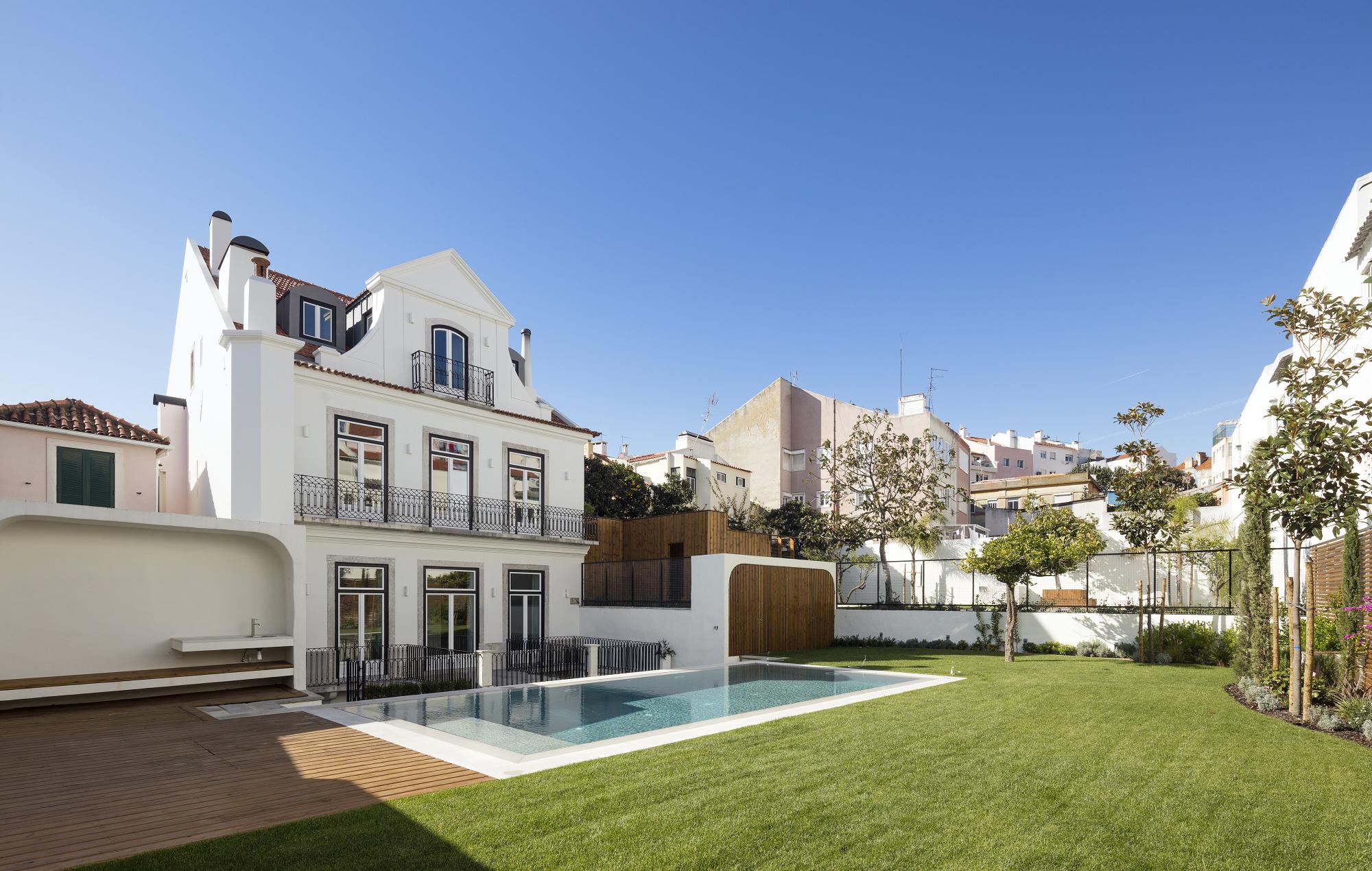 Reabilitação de edifício de 4 pisos na Graça, em Lisboa / FG+SG - Fotografia de Arquitectura