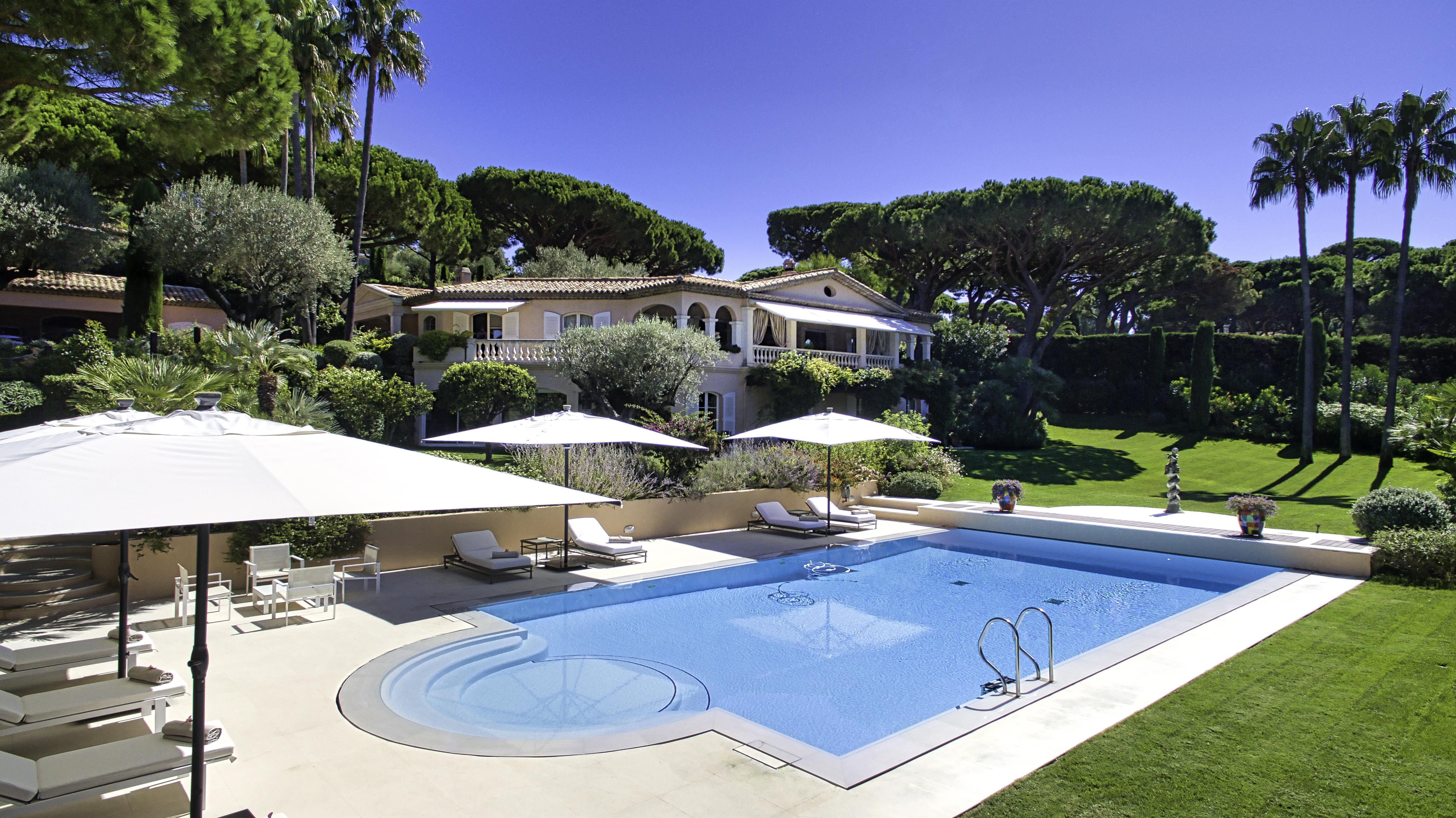Villa em Saint-Tropez à venda por 19,99 milhões de euros.  / Fonte: Engel & Völkers Market Center Côte d'Azur